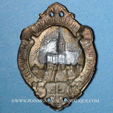 Coins Alsace. Strasbourg. Fête de la jeunesse. 1913. Insigne en laiton 22 x 31 mm
