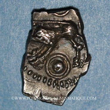 Coins Rutènes. Région de Rodez. Drachme au sanglier et à la petite tête au collier perlé. 1er s. av. J-C