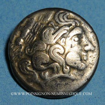 Monnaies Calètes (pays de Caux) (2e siècle av. J-C). Hémistatère à la roue
