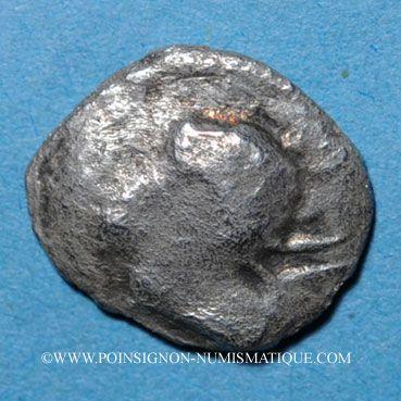 Monnaies Narbonne. (250-150 av J-C). Obole au bucrâne