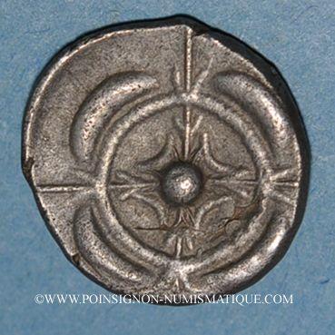 Monnaies Sud-ouest de la Gaule. Drachme imitée du monnayage de Rhodé. 3e s. av. J-C