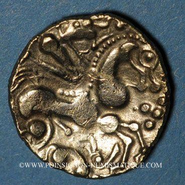 Münzen Aulerques Eburovices (2e siècle - 1ère moitié du 1er siècle av. J-C). Hémistatère à la joue tatouée