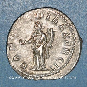 Münzen Gallien (253-268). Antoninien. Rome, 253-255. R/: la Concorde