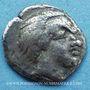 Coins Salyens. Provence. Obole à la tête cornue et au croissant, 1er siècle av. J-C