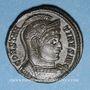 Coins Constantin I (307-337). Centenionalis. Trèves, 1ère officine, 322-323. R/: globe sur un autel