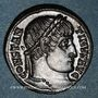 Coins Constantin I (307-337). Follis. Arles, 1ère officine, 325-326. R/: porte de camp
