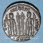 Coins Constantin I (307-337). Follis. Héraclée, 3e officine, 330-333. R/: deux soldats