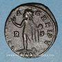 Coins Constantin II, césar (317-337). Follis. Arles, 2e officine, 317-318. R/: Sol debout à gauche