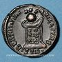 Coins Constantin II, césar (317-337). Follis. Trèves, 2e officine, 322. R/: globe posé sur un autel
