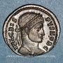 Coins Crispe, césar (317-326). Centenionalis. Trèves, 2e officine. 323-324. R/: VOT / X