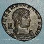 Coins Décence, césar (350-353). Maiorina. Arles, 2e officine. 351-352. R/: deux Victoires