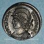 Coins Monnayage pour Constantinople. Centenionalis. Lyon, 1ère officine, 331. R/: Victoire