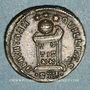 Monnaies Constantin I (307-337). Centenionalis. Trèves, 2e officine, 322-323. R/: globe sur un autel