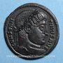 Monnaies Constantin I (307-337). Follis. Arles, 1ère officine, 327-328. R/: porte de camp