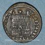 Monnaies Constantin II, césar (317-337). Centénionalis. Alexandrie, 1ère officine, 325-326. R/: porte de camp