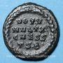 Monnaies Constantin II césar (317-337). Follis. Thessalonique 2e officine, 318-319. R/: VOT.V/ MVLT.X/ CAESS