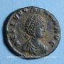 Monnaies Eudoxia, épouse d'Arcadius. Centenionalis. Constantinople, 1ère officine, 402-404. R/: la Victoire