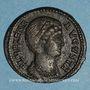 Monnaies Hélène, mère de Constantin I. Follis. Arles, 3e officine, 327-328. R/: Hélène