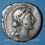 Monnaies Jules César (100-44 av. J-C). Denier. Espagne vers 46-45 av. J-C. R/: trophée