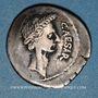 Monnaies Jules César (+ 44 av. J-C). Denier émis par P. Sépullius Macer, Rome, février-mars 44 av. J-C
