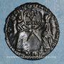 Monnaies Magnence (350-353). Maiorina. Trèves, 2e officine, 352. R/: deux Victoires