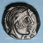 Monnaies Carnutes (région de Chartres). Pixtilos (vers 40-30 av. J-C). Bronze au temple, classe VIII