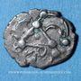 Münzen Cadurques. Région de Cahors. Obole à la tête triangulaire, 1er siècle av. J-C