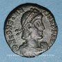 Münzen Constance II (337-361). Centénionalis. Constantinople, 6e officine, 355-361. R/: guerrier tuant un e