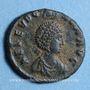 Münzen Eudoxia, épouse d'Arcadius. Centenionalis. Constantinople, 1ère officine, 402-404. R/: Victoire