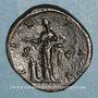 Münzen Lucille, épouse de Lucius Vérus (+183). Sesterce. Rome, 164-166. R/: la Piété voilée debout à gauche